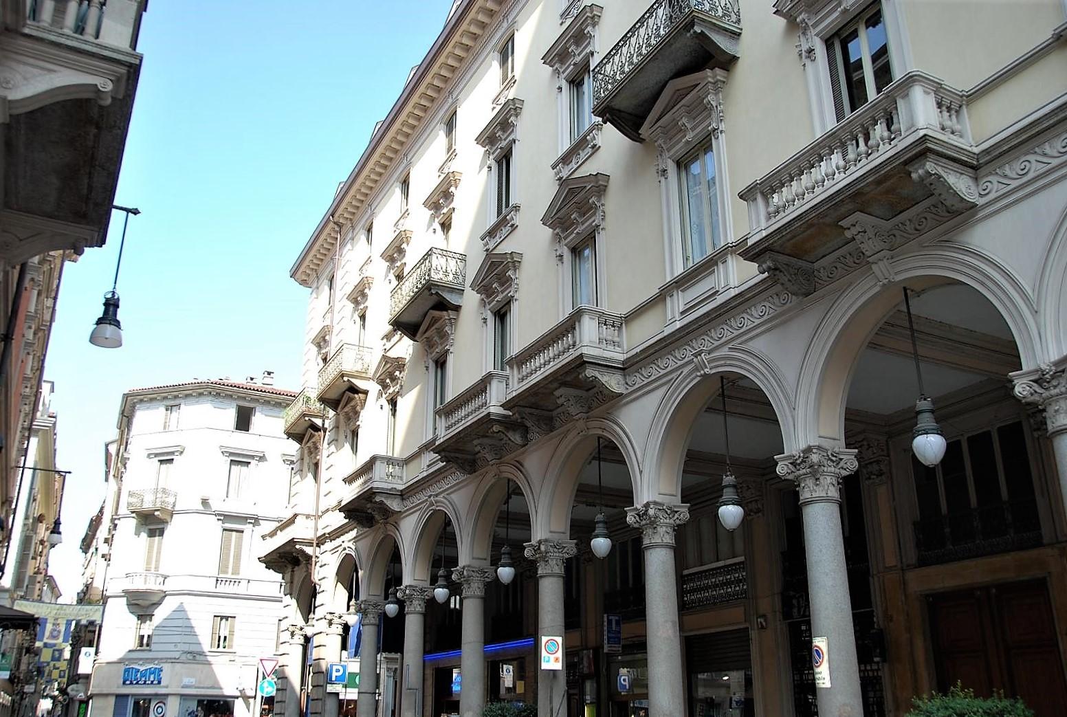 TORINO - Via Barbaroux - Ufficio - RIOLO & SALMI