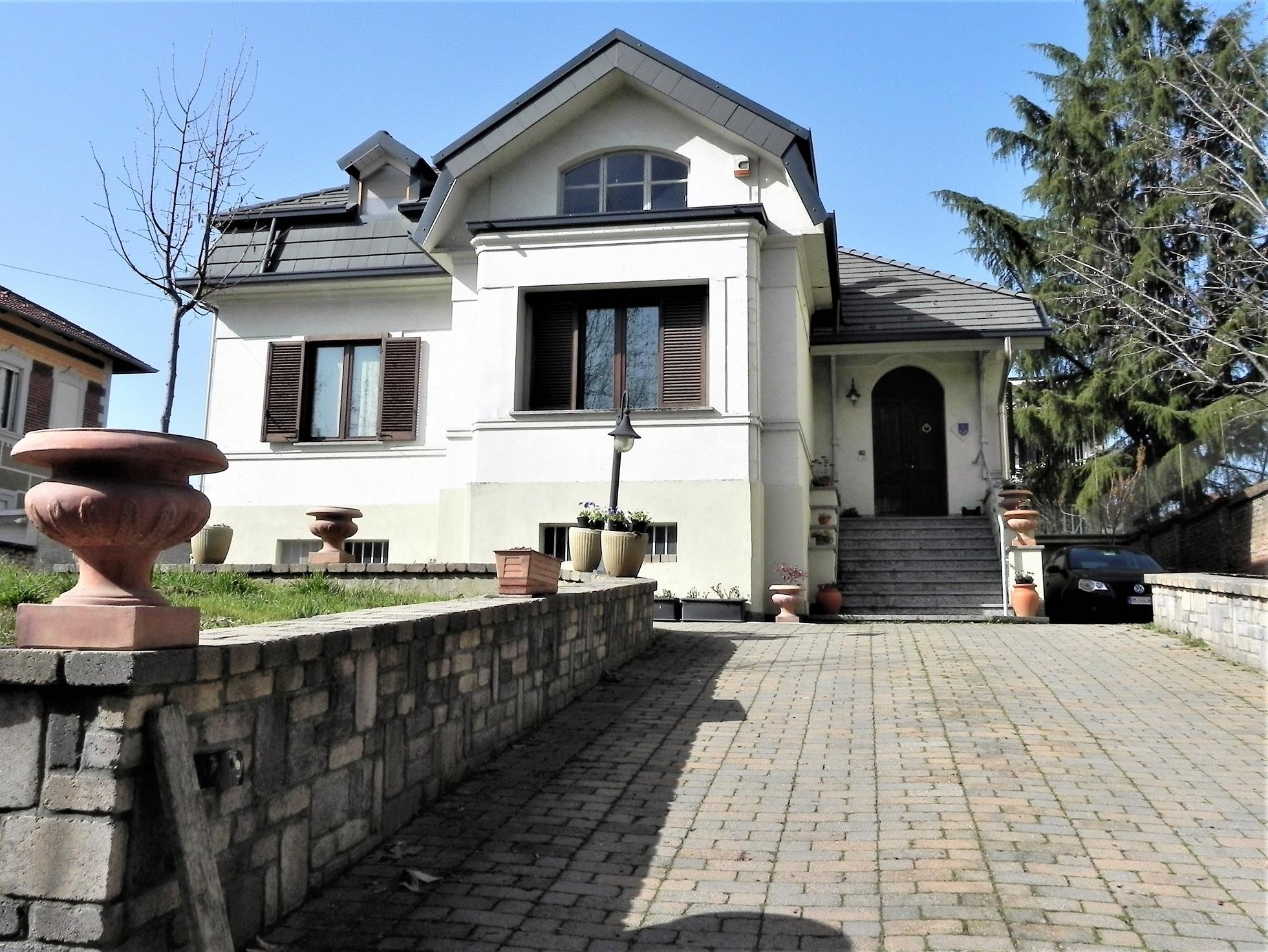CHIERI – Villa mq. 270